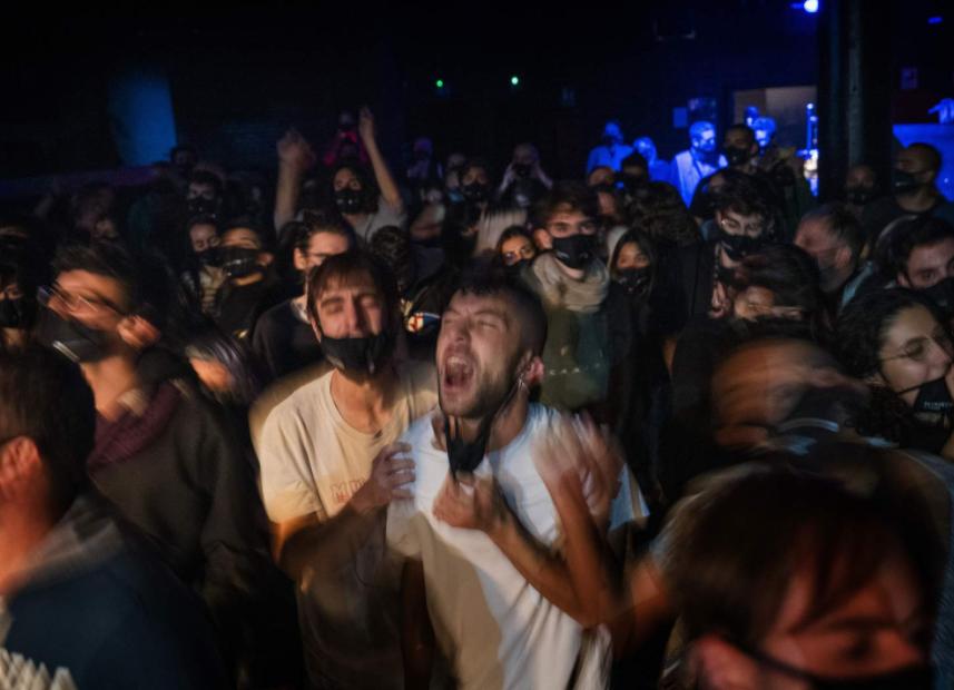 Festival-goers party at Barcelona concert study testing effectiveness of same-day coronavirus screening.