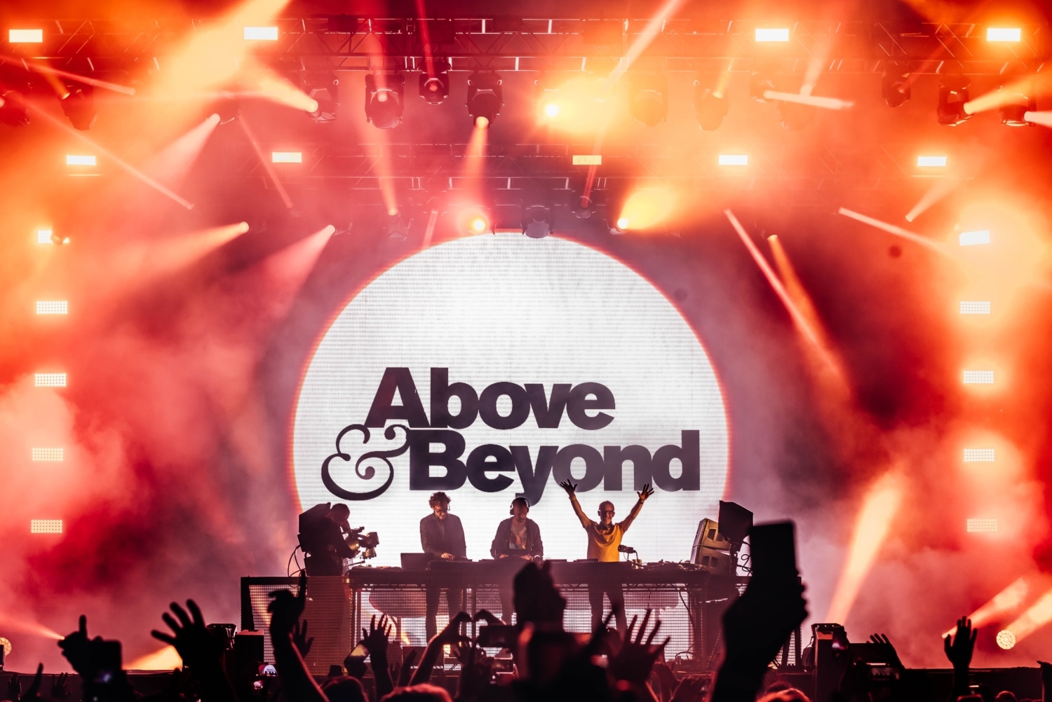 [WATCH] Above & Beyond Group Therapy 450
